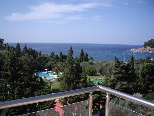 Hotel del mar петровац