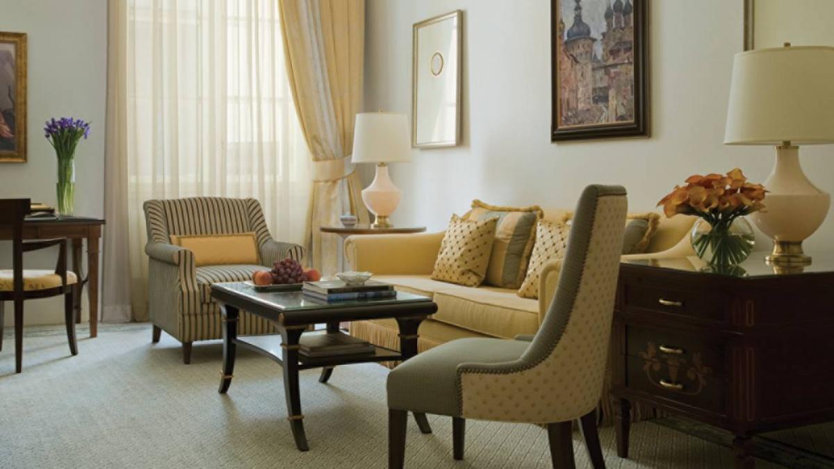 Four seasons hotel (saint-petersburg)