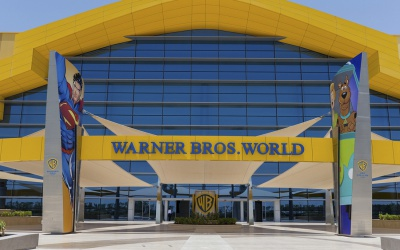 Фото Warner Bros. World 7
