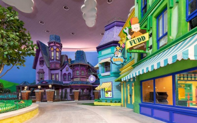Фото Warner Bros. World 2